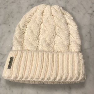 Soia & Kyo Olivia Cable Knit Hat in Vanilla